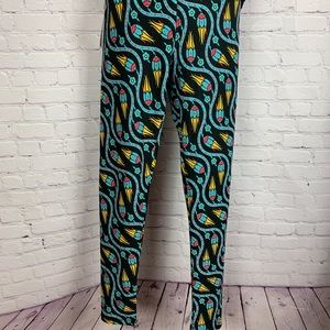 BNWT🌟SOFT OS (2-10) Legging colorful abstract